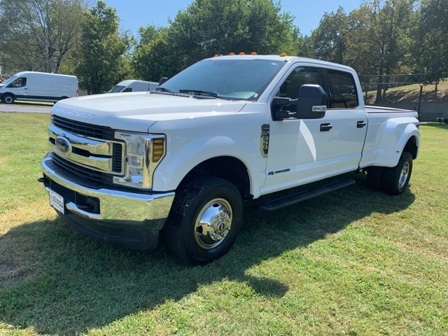 Pre-Owned 2019 Ford F-350SD XLT