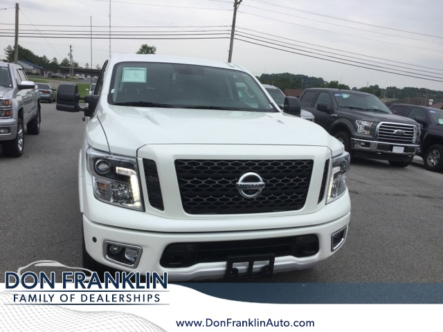 Pre-Owned 2018 Nissan Titan PRO