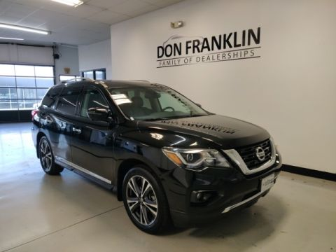 Pre-Owned 2017 Nissan Pathfinder Platinum
